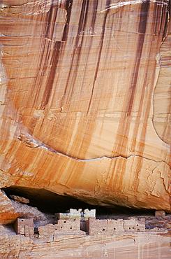 White House Ruins; Canyon de Chelly National Monument, Arizona.