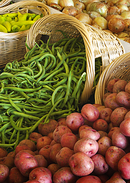 Fresh produce for sale at Tucker Farms, Sunnyside, Yakima Valley, Washington.