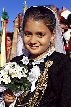 Girl in folkloric costumes, Festa de Santo Antonio (Lisbon Festival), Lisbon, Portugal, Europe