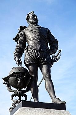 Statue of Sir Francis Drake on Plymouth Hoe, Plymouth, Devon, England, United Kingdom, Europe