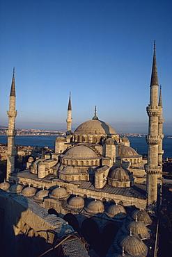 Blue Mosque at dusk, Istanbul, Turkey, Europe