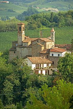 Tenuta la Volta, an old fortified wine cantina, near Barolo, Piedmont, Italy, Europe
