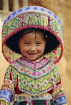 Portrait of a Hui Shui Miao child, Longlin, Guangxi, China, Asia
