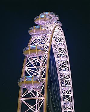 Illuminated by moving coloured lights, London Eye, architects Marks Barfield, London, England, United Kingdom, Europe