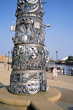 Detail on the Blacksmiths Needle, Quayside, Newcastle-on-Tyne, England, United Kingdom, Europe