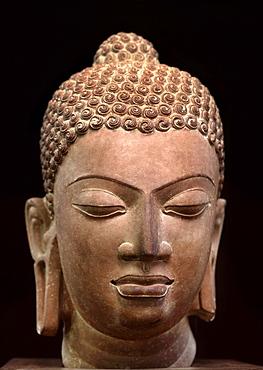 Buddha sculpture dating from the Gupta period in the 5th century, from Mathura, Uttar Pradesh, India, Asia