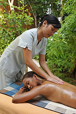 Massage part of Hilot Treatment at the spa at Eskaya Beach Resort and Spa in Bohol, Philippines, Southeast Asia, Asia