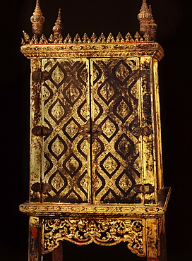 Lacquered manuscript cabinet dating from the reign of King Narai in the 17th century, Thailand, Southeast Asia, Asia