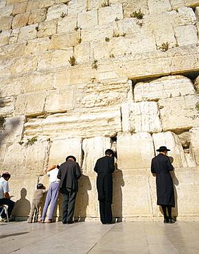 Jews praying at the Western Wall, Jerusalem, Israel, Middle East