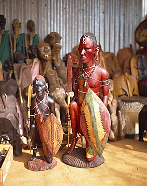 Maasai crafts for sale near Tsavo National Park, Kenya, East Africa, Africa