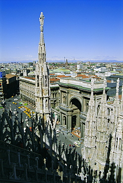 View of the city from the roof of the Duomo (cathedral), Milan, Lombardia (Lombardy), Italy, Europe