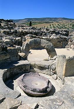 Su Nuraxi nuragic complex, dating from 1500 BC, Barumini, UNESCO World Heritage Site, island of Sardinia, Italy, Mediterranean, Europe
