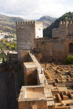Vew across the Alcazaba showing the Barrio Castrense to the right, Alhambra, UNESCO World Heritage Site, Granada, Andalucia, Spain, Europe