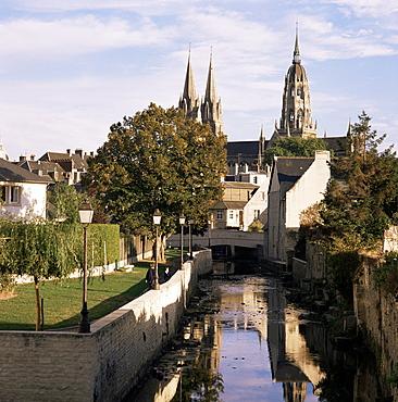 Riverside walk, Bayeux, Basse Normandie (Normandy), France, Europe