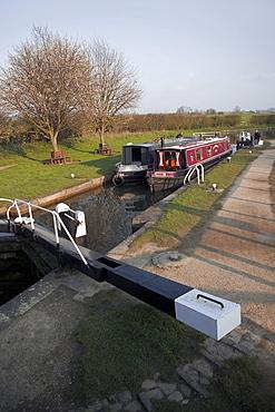 Marsworth Locks, Grand Union Canal, the Chilterns, Buckinghamshire, England, United Kingdom, Europe