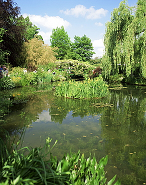The garden of the painter Claude Monet, Giverny, Haute-Normandie (Normandy), France, Europe
