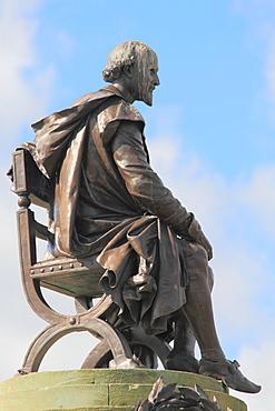 Shakespeare statue, Gower memorial, Stratford-upon-Avon, Warwickshire, England, United Kingdom, Europe