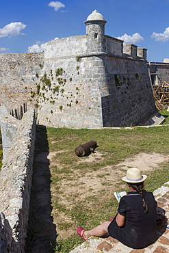 Sketching Morro fort, Santiago, Cuba, West Indies, Caribbean, Central America