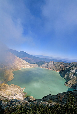Smoke billowing out from volcano vent, Sulphur Lake, Kawah Ijen, Ijen Plateau, Java, Indonesia, Southeast Asia, Asia