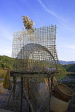 Shrine at edge of lake, near Wan Sai village (Aku tribe), to help bring good luck when fishing, Kengtung (Kyaing Tong), Shan State, Myanmar (Burma), Asia