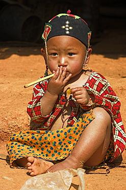 Wan Sai village (Aku tribe) Aku baby girl, Kengtung (Kyaing Tong), Shan State, Myanmar (Burma), Asia