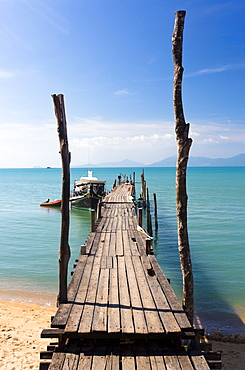 Bo Phut Pier stretching out into the sea on the north coast of Koh Samui, Thailand, Southeast Asia, Asia