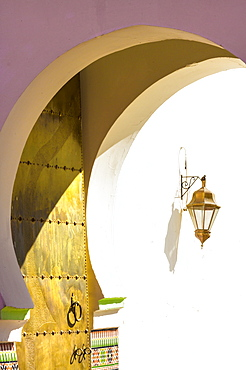 Archway, golden door and lantern at entrance to Mosque in the Kasbah, Marrakech, Morocco, North Africa, Africa