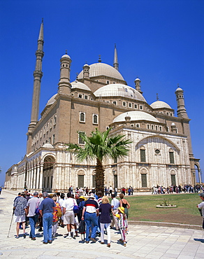 Crowds of tourists before the Mohammed Ali Mosque, Cairo, Egypt, North Africa, Africa