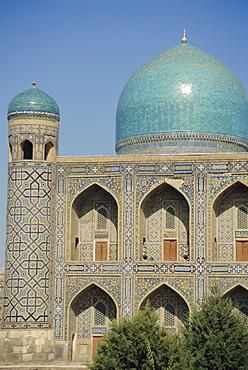 Registan Square, Mir-I-Arab Madressa (madrasa), Samarkand, Uzbekistan, Central Asia