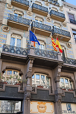 Detail of Spanish architecture, Las Ramblas, Barcelona, Catalonia, Spain, Europe