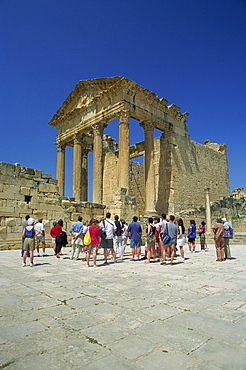 Tourists at the Roman ruins, the Capitol, Dougga, UNESCO World Heritage Site, Tunisia, North Africa, Africa