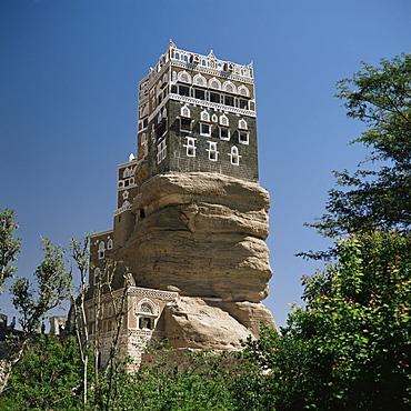 Yahyas Old Summer Palace, Dar Al Hajjar, Wadi Dhar, Yemen, Middle East