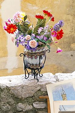 Flower arrangement, Eze, Alpes-Maritimes, Cote d'Azur, Provence, France, Europe
