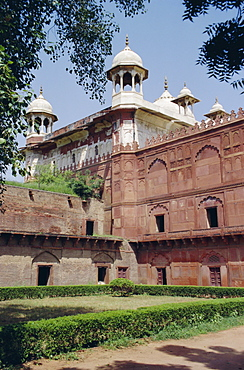 Moti Masjid (1646-53), Pearl Mosque built by Shah Jehan (Jahan) in the Red Fort, Agra, Uttar Pradesh, India