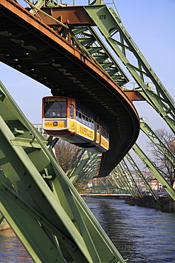 Overhead railway over th River Wupper, Wuppertal, North Rhine-Westphalia, Germany, Europe