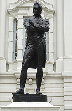Statue of Sir Stamford Raffles outside the Victoria Concert Hall, Singapore, South East Asia