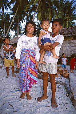 Portrait of children of the village, Mabul, Mabul Island, east coast, Sabah, island of Borneo, Malaysia, Southeast Asia, Asia