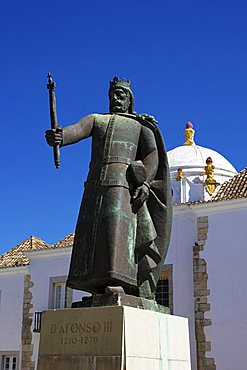 Statue of Don Alfonso III, Faro, Algarve, Portugal, Europe