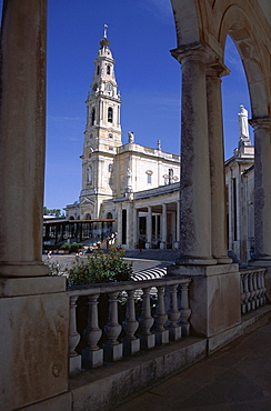 The Christian Basilica, Catholic pilgrimage centre, Fatima, Estremadura, Portugal, Europe