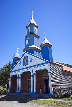 Iglesia de Nuestra Signora del Patrocinio de Tenaun, the most famous of the wooden churches, island of Chiloe, UNESCO World Heritage Site, Chile, South America