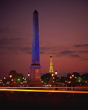 The Obelisk in Place de la Concorde, and behind, the Eiffel Tower, Paris, France, Europe