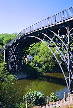 The Iron Bridge over the River Severn, Ironbridge, Shropshire, England, UK