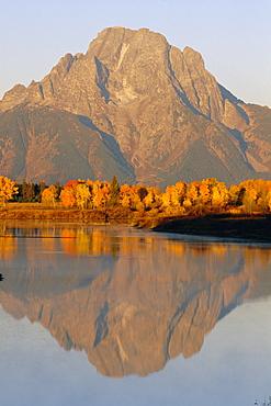 Oxbow Bend, Snake River and Tetons, Grand Tetons National Park, Wyoming, USA