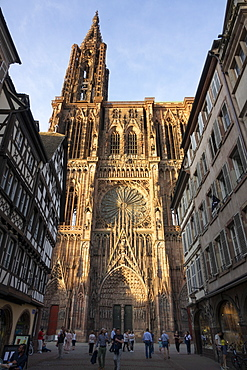 West Front, Strasbourg Cathedral, UNESCO World Heritage Site, Strasbourg, Alsace, France, Europe