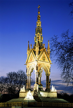 Albert Memorial at night, Kensington, London, England, United Kingdom, Europe