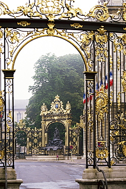 Wrought iron by Lamor, restored, Place Stanislaus, UNESCO World Heritage Site, Nancy, Lorraine, France, Europe