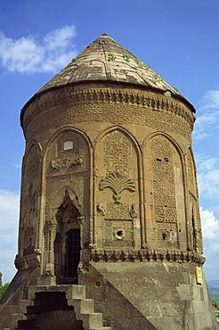 The Doner Kumbet (Rotating Tower), Kayseri, Anatolia, Turkey, Asia Minor, Eurasia
