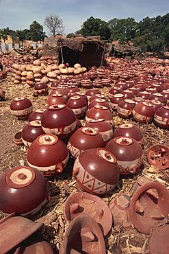 Decorated pots outside kiln, Mopti, Mali, West Africa, Africa - 6-2512