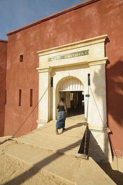 D'Estr•À?es Fort now a museum of slavery, Goree Island, UNESCO World Heritage Site, near Dakar, Senegal, West Africa, Africa