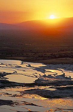 Travertine terraces, Pamukkale, UNESCO World Heritage Site, Anatolia, Turkey, Asia Minor, Asia